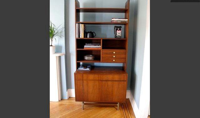 'Door','Sliding Door','Bookcase','Furniture','Shelf'