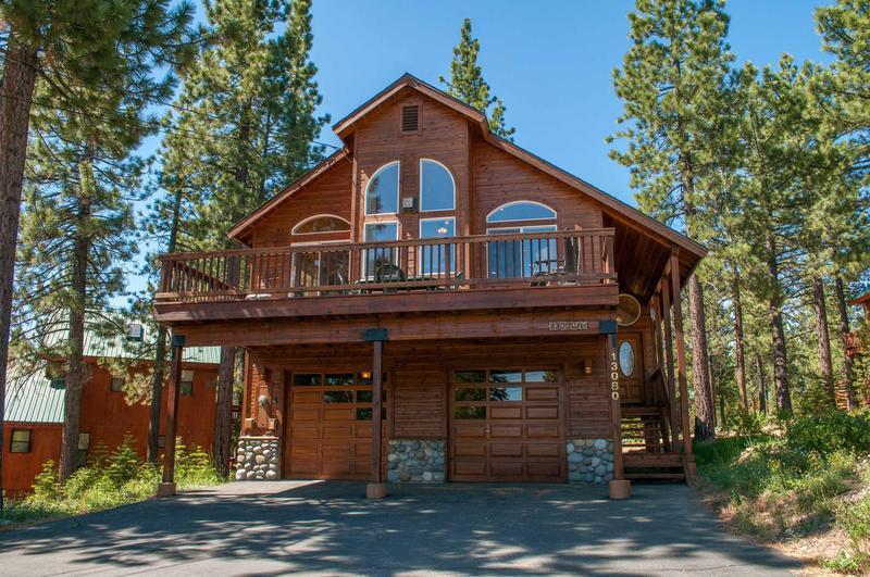Building,Cabin,Shelter,Cottage,Furniture
