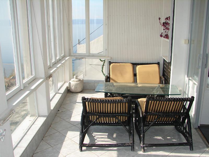 A1(2+2): indoor terrace