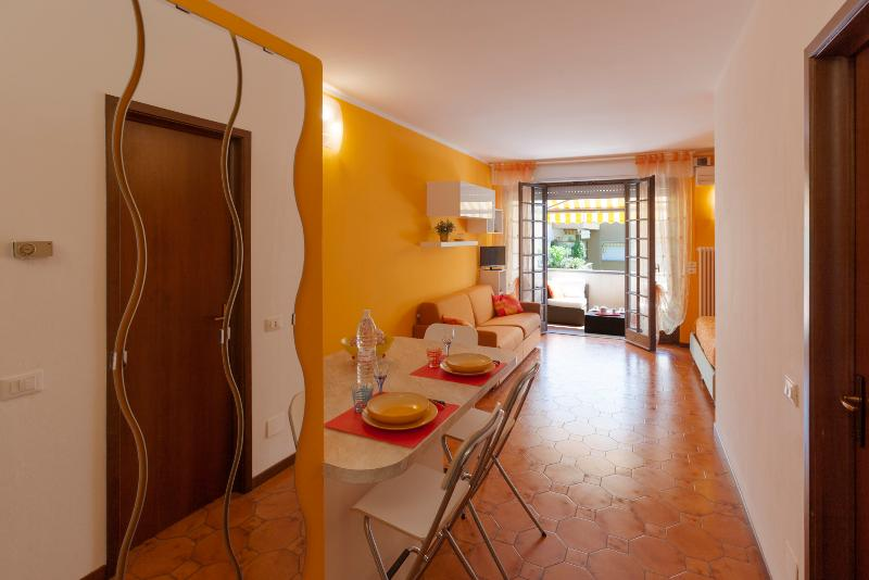 Terrazzo apartamento BELLAGIO com varanda privativa, solário e estacionamento privado.