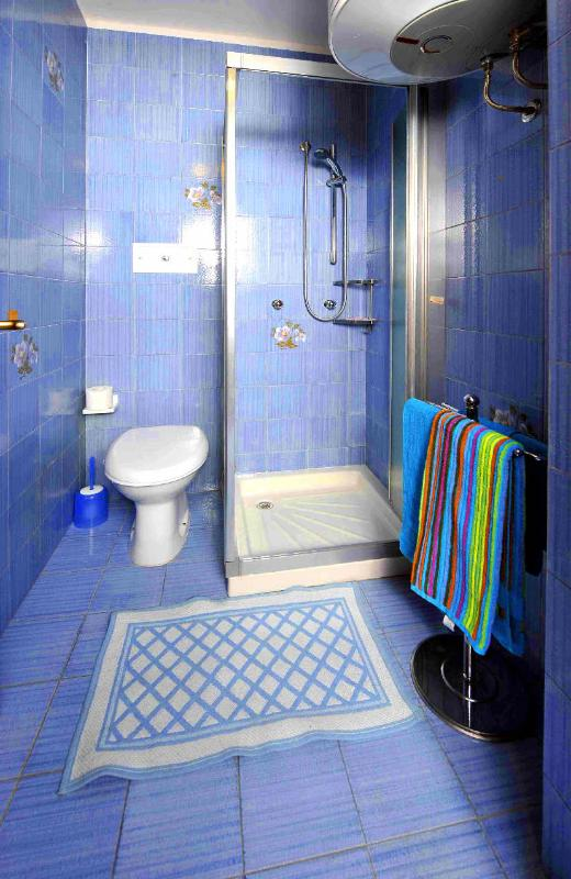 Banheiro com chuveiro