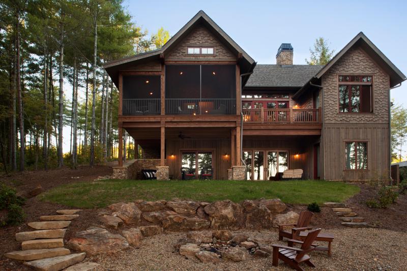Bluegill Lodge