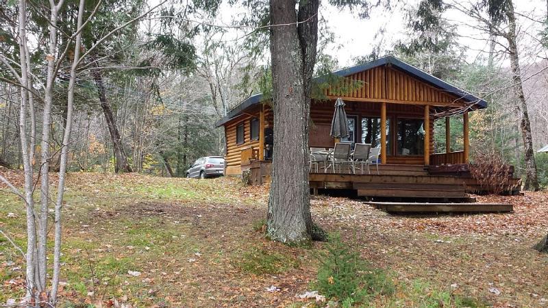 Cozy Cottage - Mont-Tremblant, alquiler de vacaciones en Duhamel