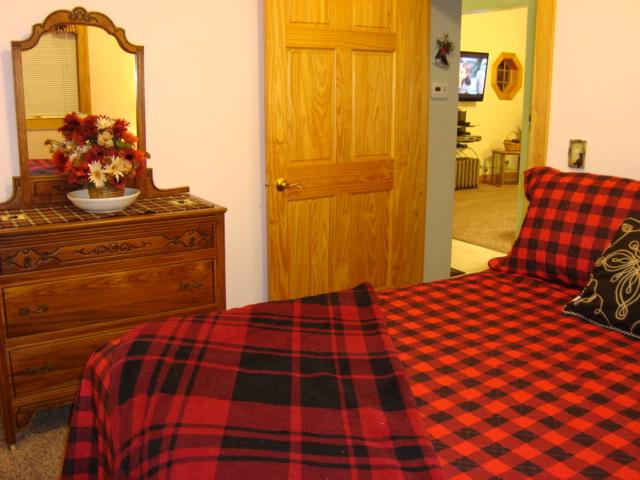 High quality bedding and furniture.