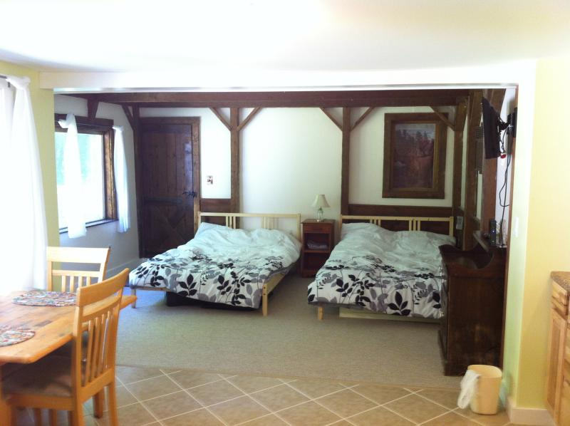 2-Bed Suite.