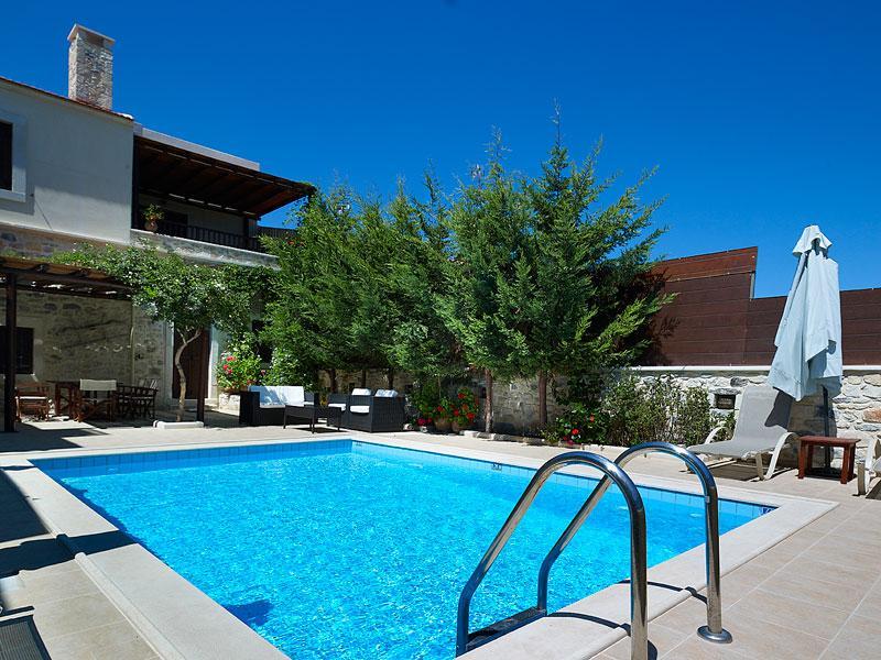 Olive Villa - Exterior - Private Pool