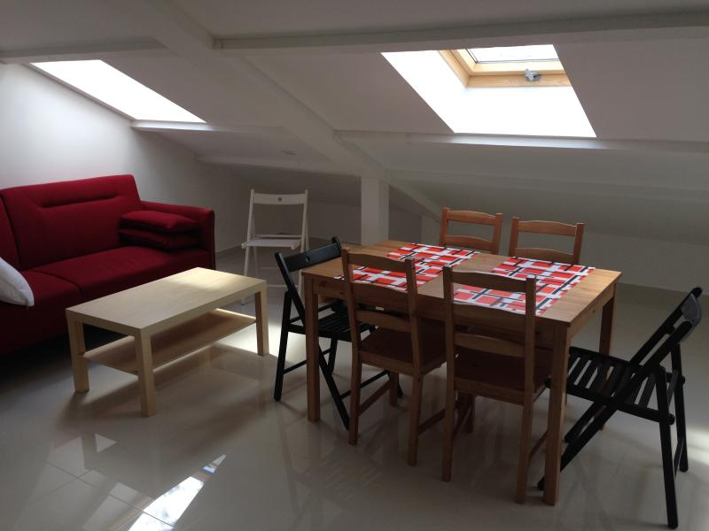 LE BLANC MESNIL GAUCHE, location de vacances à Seine-Saint-Denis