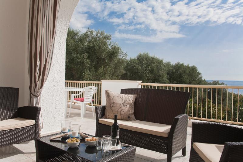 Rent a House with Sea Access in Puglia, Ferienwohnung in Depressa