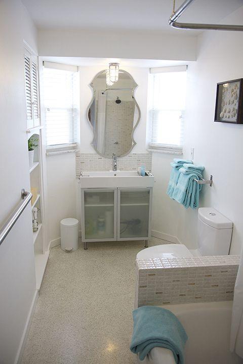 Il s'agit de notre bain retro/moderne. Nous avons gardé la tuile funky & baignoire. Le reste est nouveau !