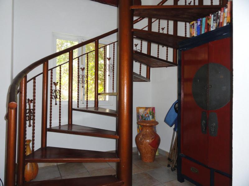 Start of spiral staircase-storage cabinet