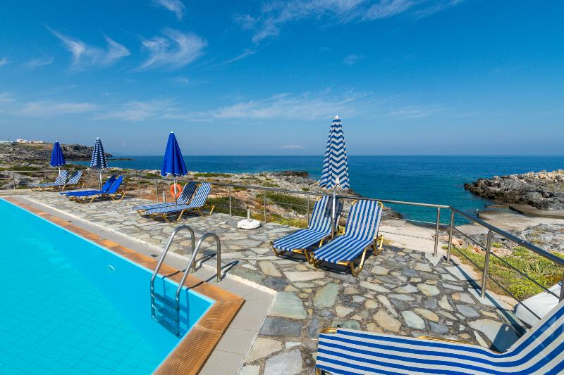 Astonishing sunset and sea view 2, alquiler vacacional en Stavros