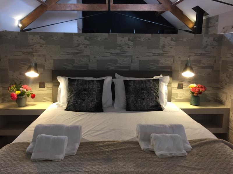 Super King bed in Hayloft