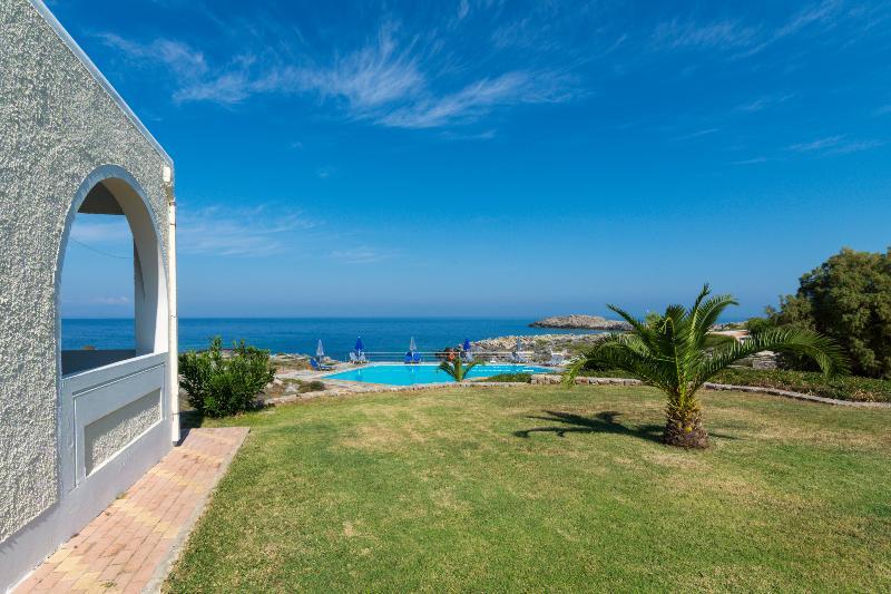 Junior Villa with amazing sea view, alquiler vacacional en Stavros