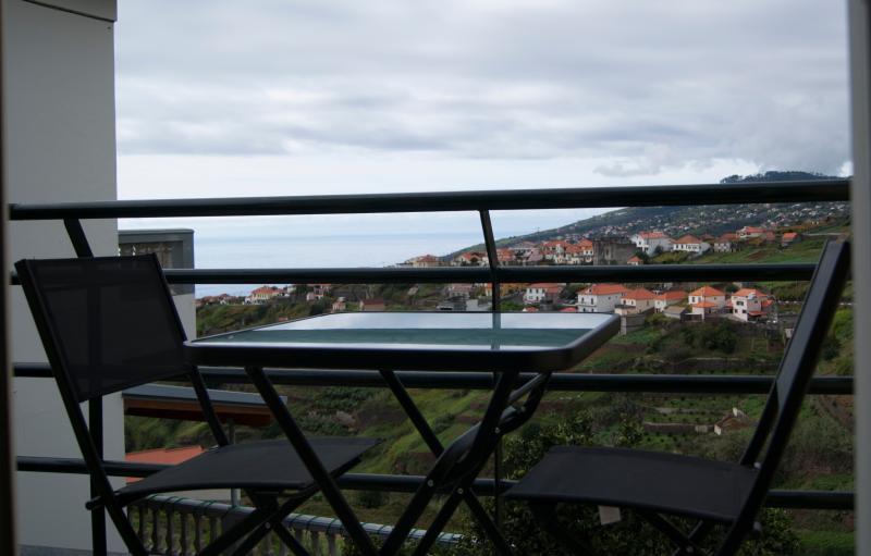 Casa Serramar - Apartamento com varanda, casa vacanza a Arco da Calheta