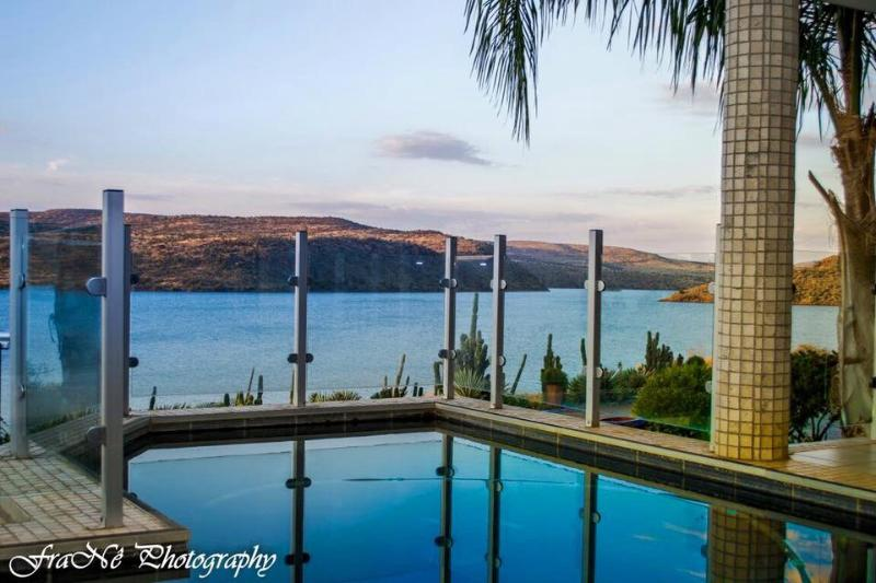 Waterfront Guest House Vanderkloofdam, holiday rental in Northern Cape