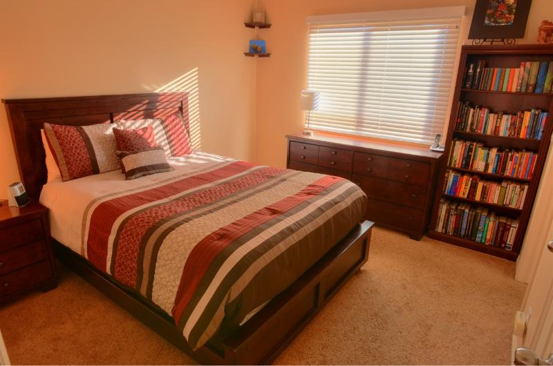 Large Master Bedroom with Comfy Queen Mattress