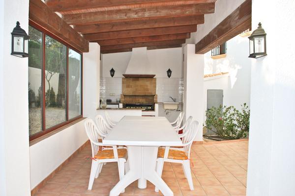 magnifique villa vue sur montagne  et mer, Ferienwohnung in Imi Ouaddar