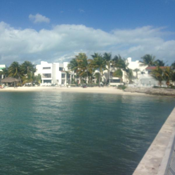 View looking into Cay beach from Pier