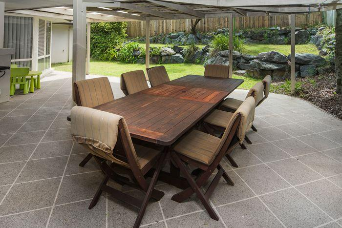 Huge outside undercover patio with bbq