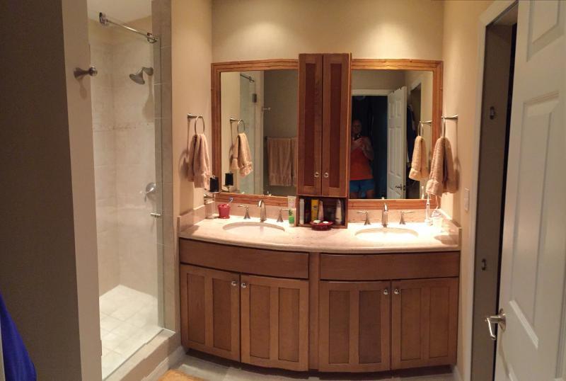 MBR on-suite bath