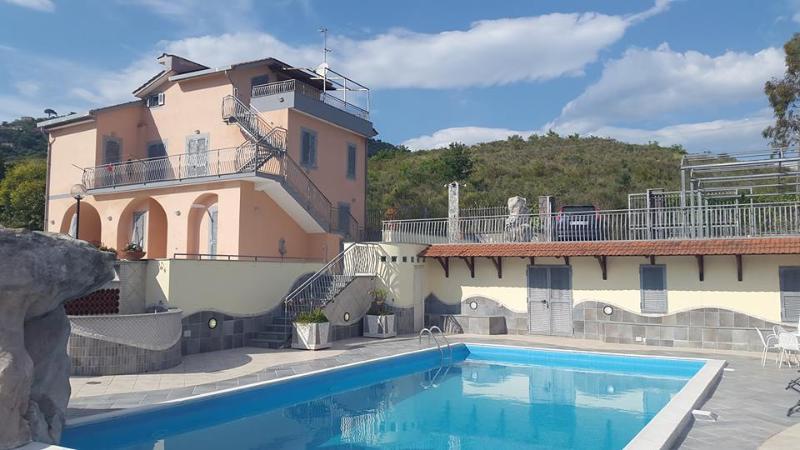 Villa Rita relais, vacation rental in Casal Velino