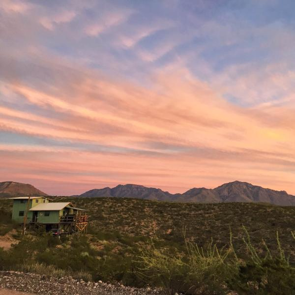 Chinati Hot Springs Cabin, vacation rental in Marfa