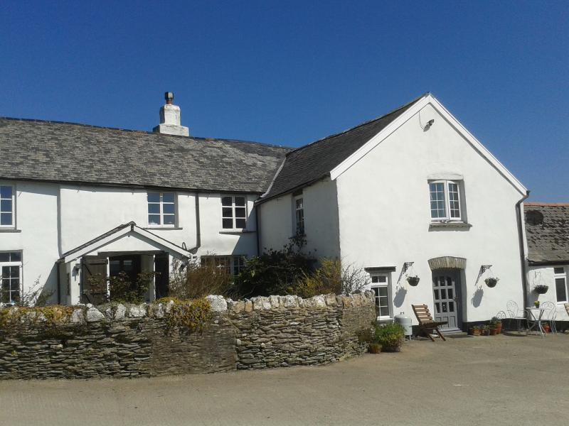 Hayloft is a fully self contained cottage adjoined to the farmhouse.