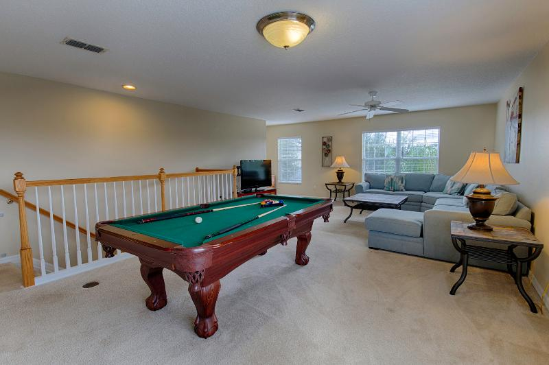 Upstair play area with pool table Xbox & games