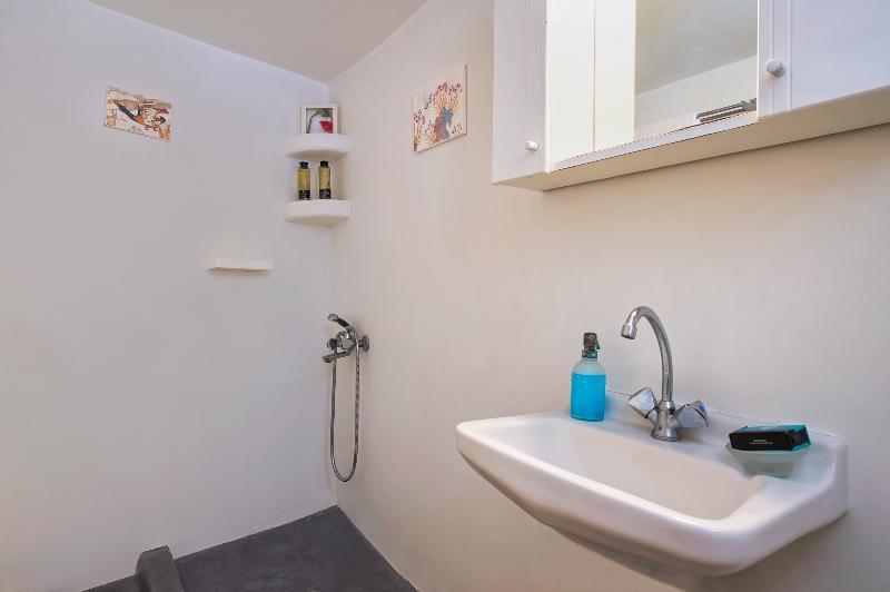 Maison d'hôtes salle de bain douche
