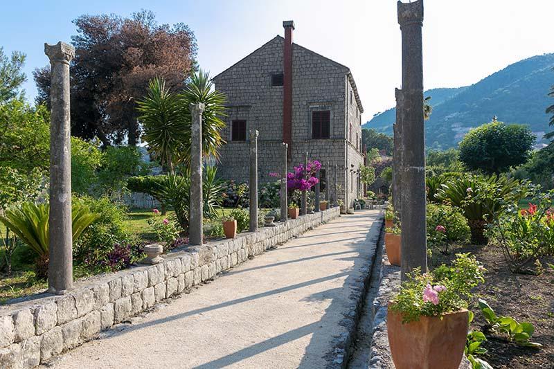 Private garden in Castle