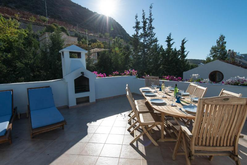 Enjoy a BBQ on the roof terrace