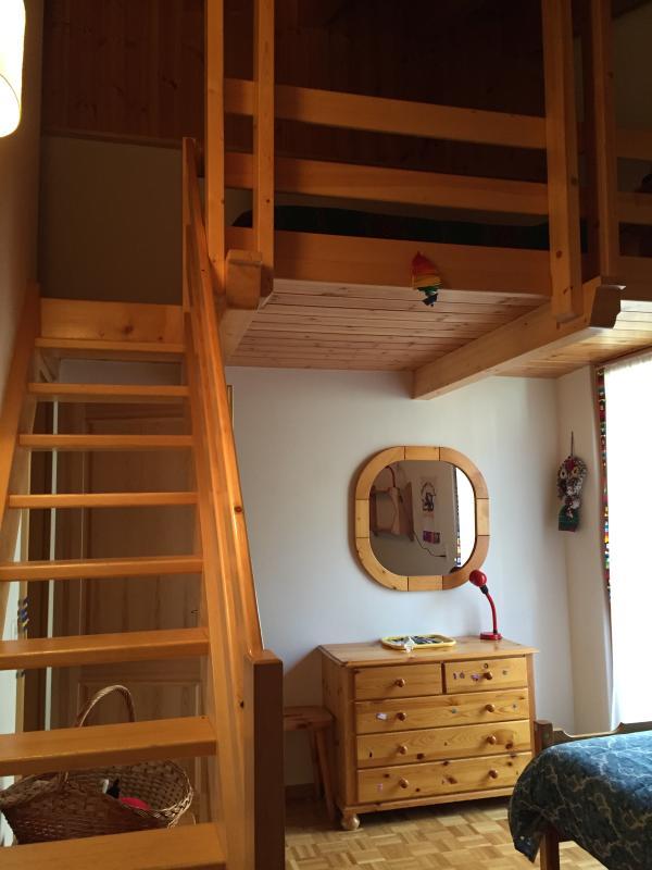 mezzanine children's room