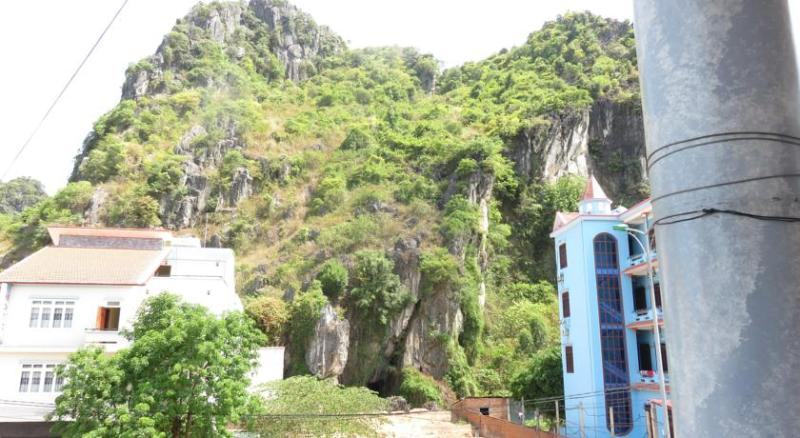 enjoy your trip, holiday rental in Dong Hoi