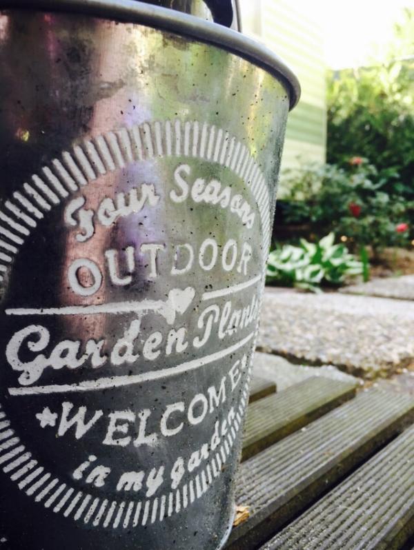 Detalle decoración de jardín