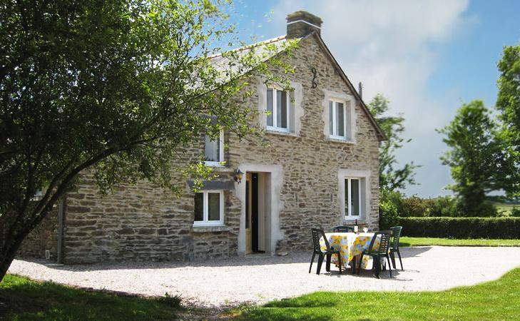 Cottage in Brittany. (sleeps 4). Close to shop,bar,restaurant, vacation rental in La Gacilly