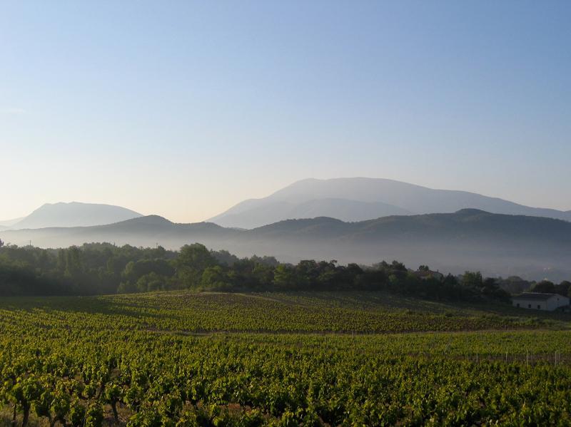 La loge 'La Chazoune', vacation rental in Puymeras