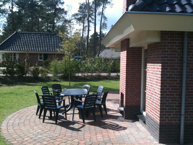 Terrazza in giardino privato (> 500m 2), 2 parkingspots