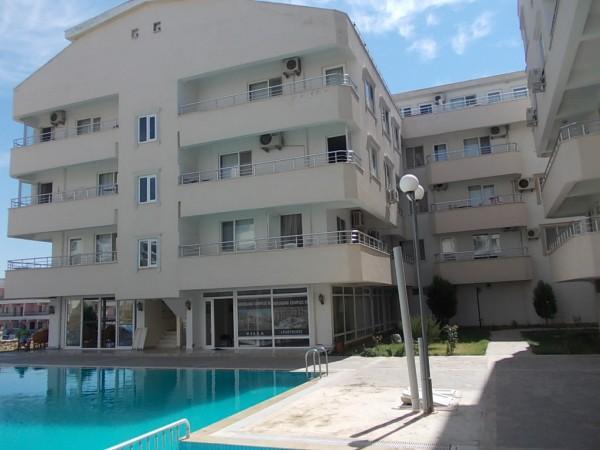Ruime duplex met groot terras & zeezicht!, location de vacances à Mavisehir