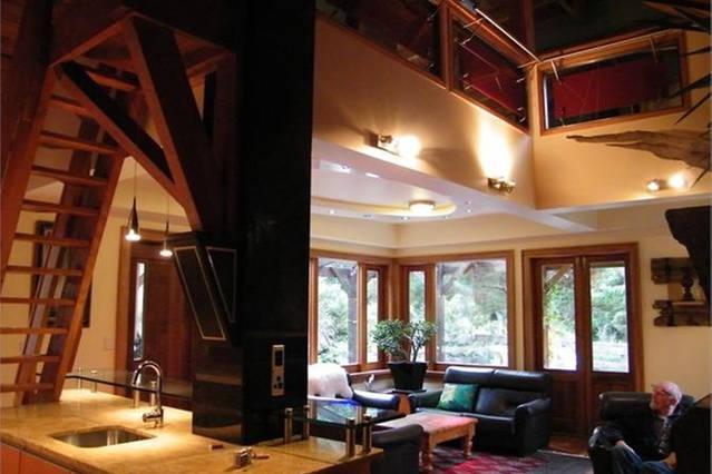 Lounge area with mezzanine included