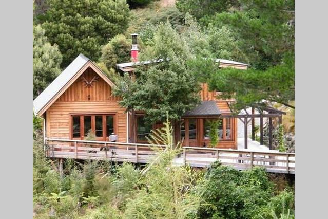 Birdsong Lodge, Ferienwohnung in Canterbury Region