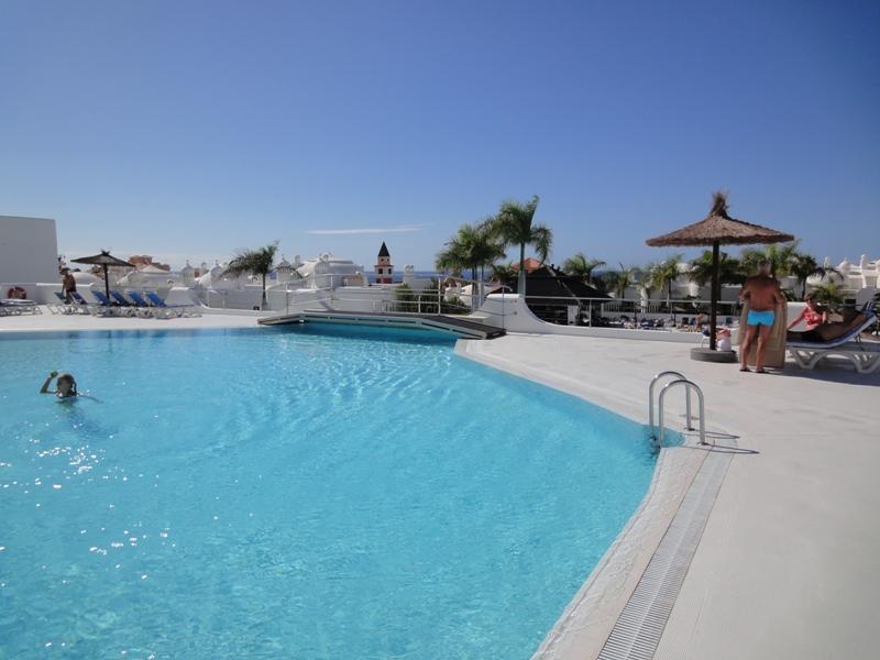 Fantastic 3 Br apartment in Adeje, vacation rental in Playa Paraiso