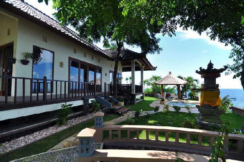 Gili Pesona Holiday Villa Amed, vacation rental in Bunutan
