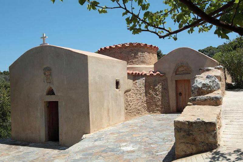 La iglesia en el pueblo vale la pena visitar!