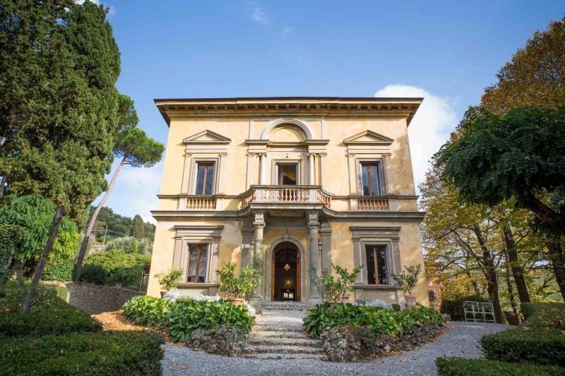 Front view Il Villino