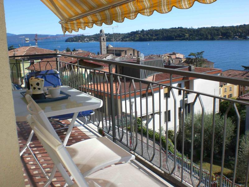 Private furnished balcony with wonderful view Apt del lago
