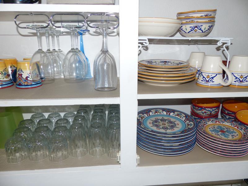 bright and organized Caribbean kitchenware