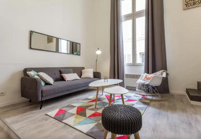 Charmant duplex 4 PERS Hypercentre, vacation rental in Aix-en-Provence