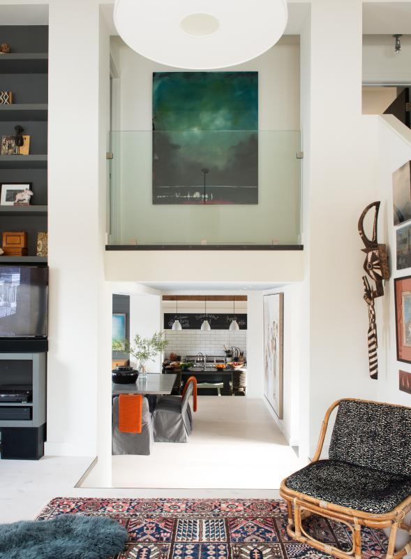 Tre split livello casa completamente collegata con linee di vista uninteruppted.