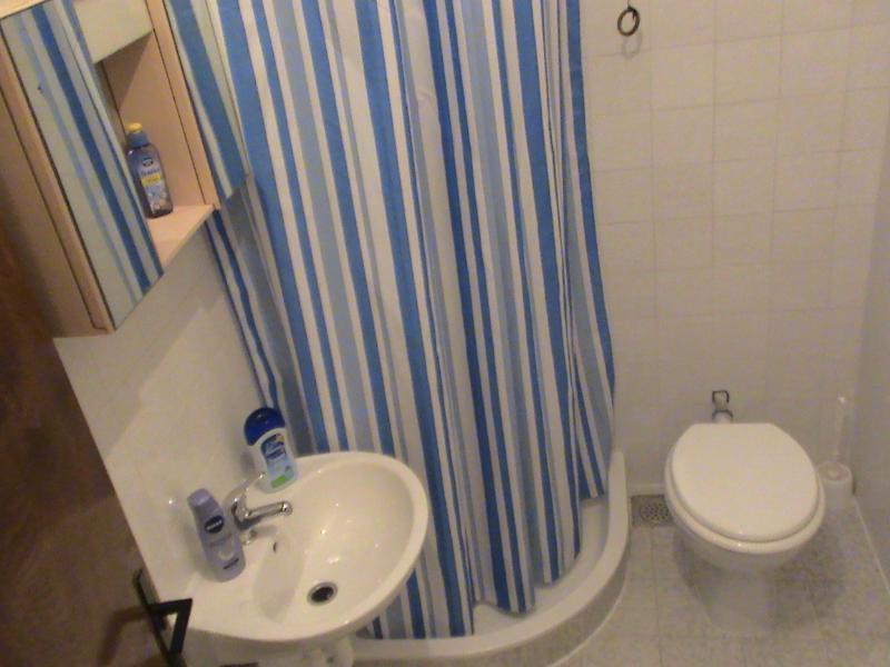 A3 (4 + 1): salle de bain avec toilette