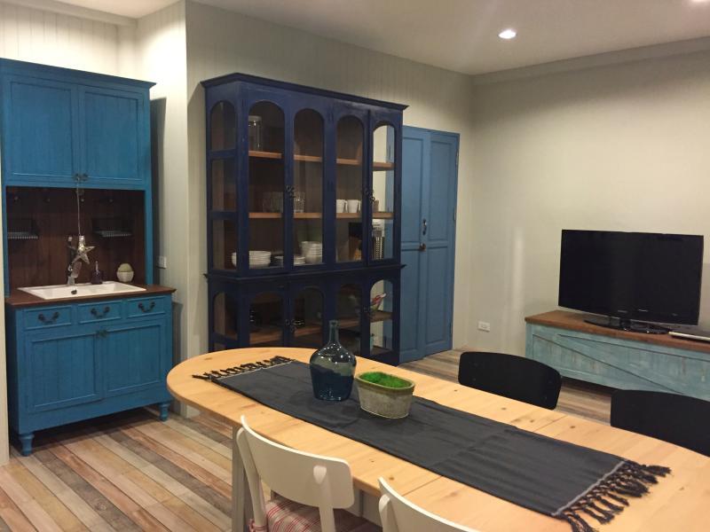 common room/kitchen